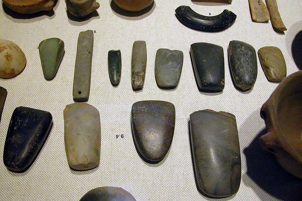 様々な磨製石器