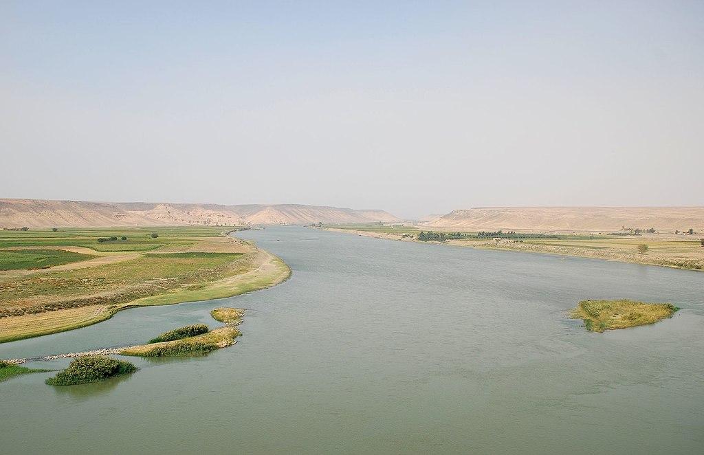 ユーフラテス川