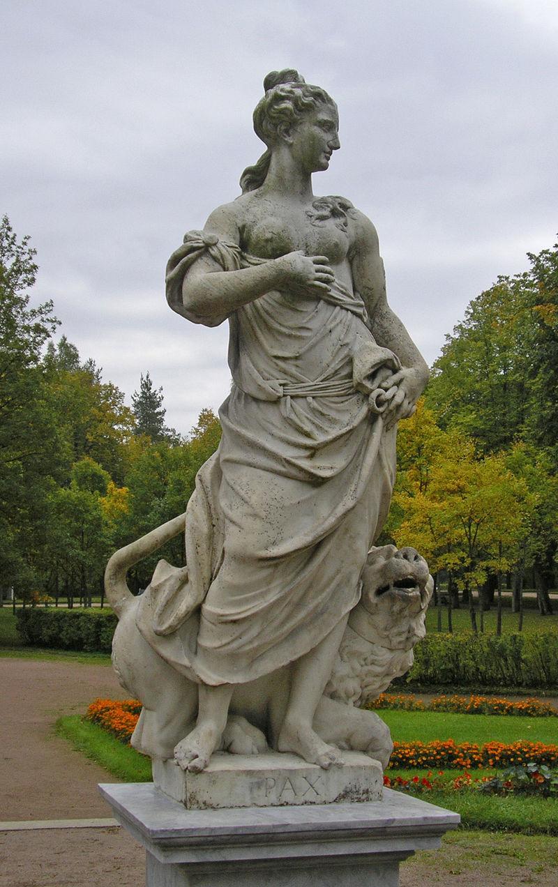 パクス・ロマーナの石像