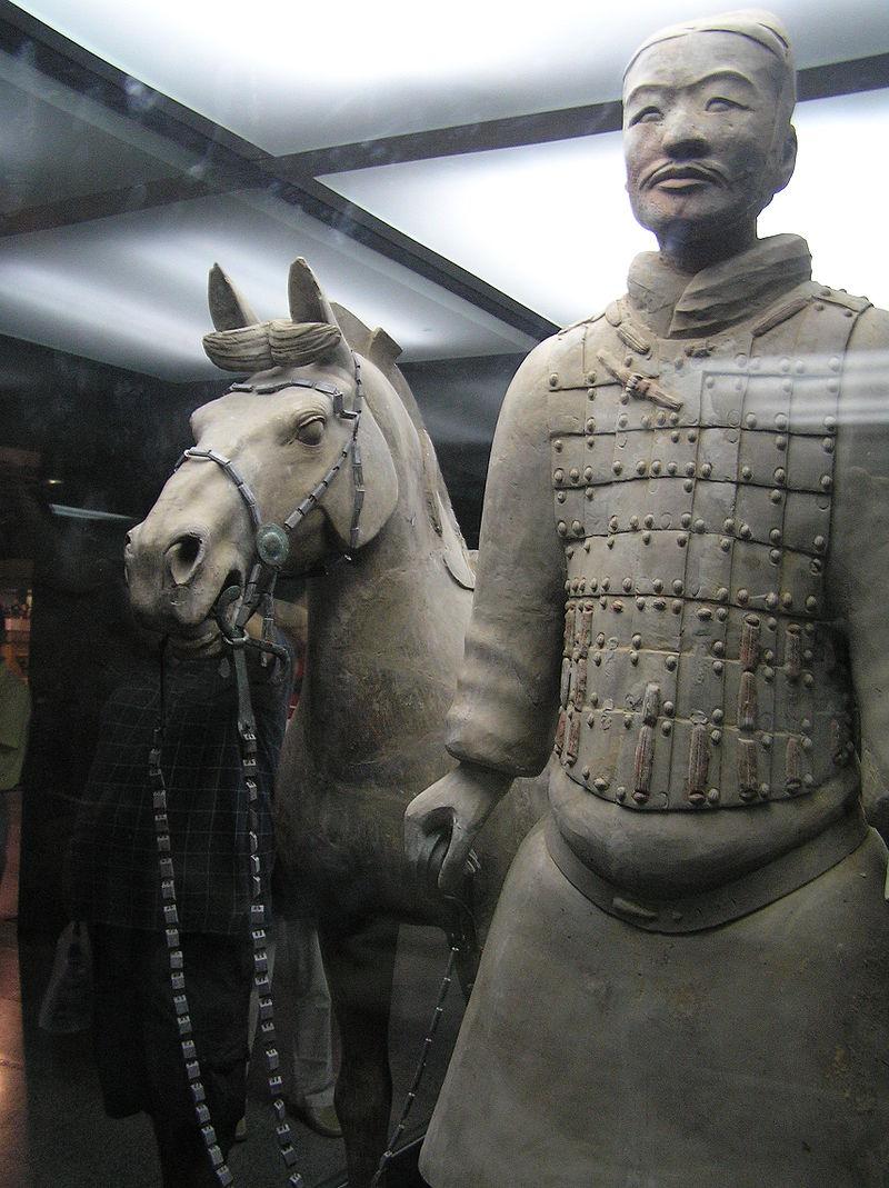 兵馬俑にある騎兵俑と軍馬俑